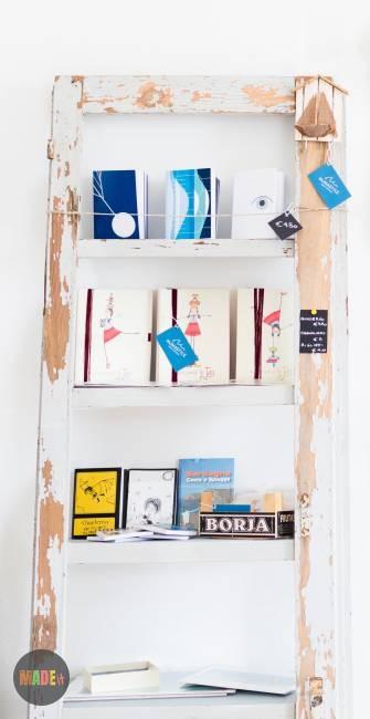 תמונת מדריך מתקן ספרים מעץ