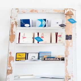 מדריך למתקן ספרים מעץ